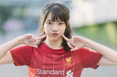 Pretty Asian Girl, Beautiful Asian Girls, Liverpool Girls, Football Girls, Asian Beauty, Photo Editing, Soccer, Lightroom Tutorial, Lady