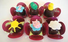 Bombons decorados Peppa Pig. Lindos e deliciosos bombons para enfeitar a sua festa. Utilizamos chocolate nobre de Gramado recheados de doce de leite.  Consulte-nos também sobre outros temas.
