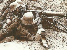 German MG team at the front at Verdun.