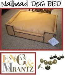dog bed pin detail