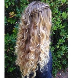 Five strand waterfall braid with no heat curls from braids.by.skye