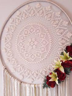 Big Dream Catchers, Dream Catcher White, Large Dream Catcher, Florence Art, Mercerized Cotton Yarn, Color Beige, White Colors, Boho Wall Hanging, Crochet Doilies