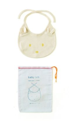 The Under-18 Gift Guide | Fog Linen Organic Cotton Baby Bib