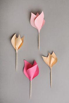 Actividades para Educación Infantil: Manualidades para el verano - 17 Tulipanes para fiestas