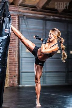 Yea! now this looks like fun, diffidently me, love kick boxing..