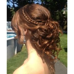 Awesome Brown Hairstyle for Homecoming and Prom Homecoming Hairstyles... ❤ liked on Polyvore featuring hair and cabelo