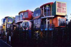 Un modello simpatico e colorato di case per studenti