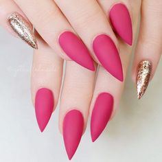 Startling Ideas of Stilettos Nails to Obsess About ★ See more: https://naildesignsjournal.com/stilettos-nails-startling-ideas/ #nails
