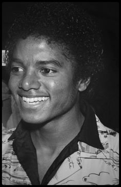 Photos Of Michael Jackson, Michael Jackson Bad Era, King Of Music, Rare Pictures, Smile Face, Love You So Much, Cool Cats, Joseph, Handsome