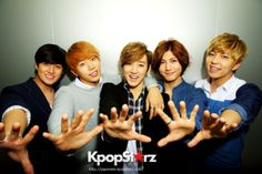 Soohyun, Kiseop, Eli, Hoon And Kevin Of U-KISS On Their U.S. Tour And Their New Album 'Memories'