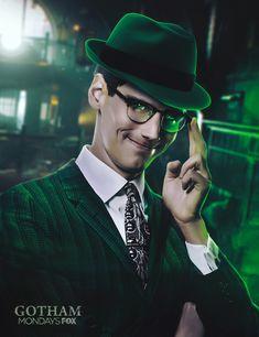 Riddler by Aiko Aiham on ArtStation. Gotham Show, Gotham Series, Gotham Tv, Gotham Girls, Riddler Gotham, Gotham Villains, Best Villains, Batman Universe, Comics Universe