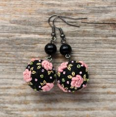 In this set I have used black lambswool-merino blend felt beads. Felt balls are needle felted by myselt with care and love. Felt beads feel natural, soft and warm to your skin. Last picture shows, how the set looks when wearing, but it is in different color.  Dusky pink roses are