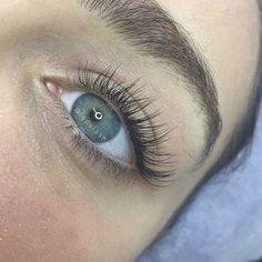 Natural Fake Eyelashes, Fake Lashes, False Eyelashes, Grow Eyelashes, Natural Looking Eyelash Extensions, Eyelash Extensions Prices, Eyelash Extensions Classic, Eyelash Extensions Before And After, Short Haircuts