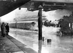 Flooding at Nottingham's Midland Station, 1947.