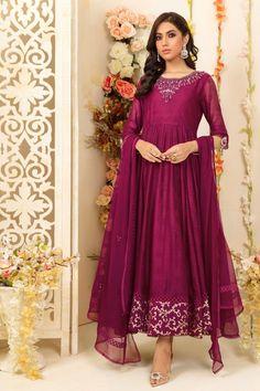 Pakistani Dresses Casual, Formal Dresses, Semi Formal Wedding Attire, Silk Dupatta, Pakistani Designers, Ladies Dress Design, Silk Dress, Party Wear, Clothes For Women