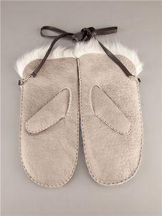Grey lambskin mittens from Karl Donoghue