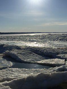 A Lake Michigan evening in February from Petoskey, Michigan. #GreatLakes #Michigan
