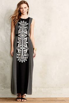 Totem Embroidered Petite Maxi Dress