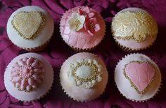 Gold & Pink Vintage Cupcakes