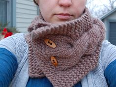 Ravelry: Cabled Mini Scarf (bulky) pattern by tinkerknits
