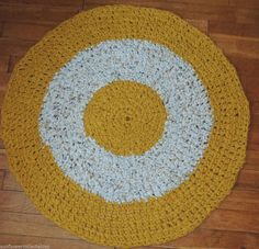 "Hand Made Crochet Rag Rug ~NEW 33"" MUSTARD ~ COUNTRY PRIM SHABBY PERFECT"