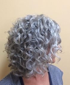 to natural curly hairstyles african american hairstyles cute hairstyles thin hair hair volume products hairstyles for girls hairstyles hairstyles over 60 hairstyles how to Grey Curly Hair, Natural Red Hair, Curly Hair Cuts, Short Curly Hair, Wavy Hair, Curly Hair Styles, 3b Hair, Updo Curly, Natural Curls