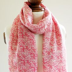 Red lace Pure Wool Scarf