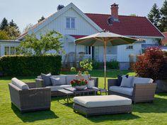 Her er årets nye hagemøbler Outdoor Furniture Sets, Outdoor Decor, Exterior, Patio, Sofa, Home Decor, Settee, Decoration Home, Room Decor