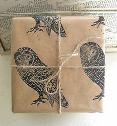 via * C U R A T E D * S T Y L E *. Looks like this was done with stamps on kraft paper--lovely and easily customized.