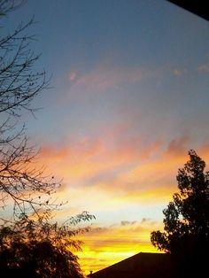 Atardecer desde mi ventana #sunset #ocaso #cloudy