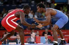 Lucha, ¿fuera de los olímpicos de 2020? #Deportes #Olympics #Juegos #Lucha Sumo, Wrestling, Runners, Athlete, Events, Sports, Lucha Libre