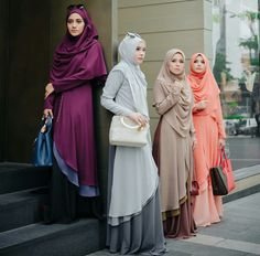 Discover recipes, home ideas, style inspiration and other ideas to try. Abaya Fashion, Modest Fashion, Unique Fashion, Girl Fashion, Fashion Ideas, Trendy Fashion, Muslim Dress, Hijab Dress, Hijab Outfit