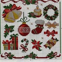 Ângela Bordados: fantastic Christmas patterns for plastic canvas or cross stitch.