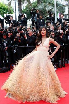 Freida Pinto in Michael Kors dress - Cannes 2014