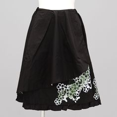 gouk Large Plum Pattern Frill Skirt WHITE-BLACK-KHAKI-BLACK  $181.95