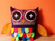 owl pilow love