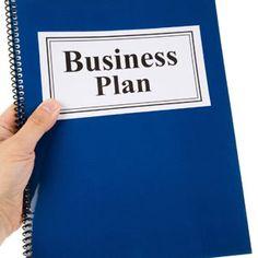 사업계획서 작성할 때 보통 어떤 것을 염두에 두시나요?사업계획서는 회사의 이정표 역할을 하기도 하며,때론 팀 구성원들의 역할 분담을 명확히 하고,임무의 중요성을 상기시키는 역할을 하기도 합니다.오늘은 사업계획서 작성시 잊지 말 기본 8가지를 알아보죠.