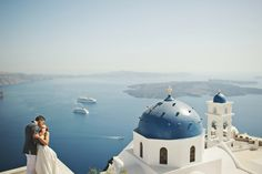 Annie & David | Santorini elopement | Greece Mykonos Santorini Athens Wedding Photographer - Love the location