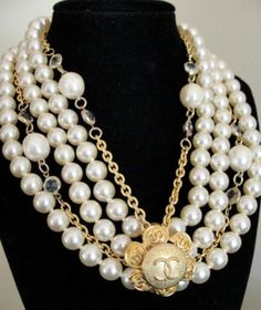 pearls.quenalbertini: Vintage Chanel Logo Pendant and Pearl Necklaces | eBay