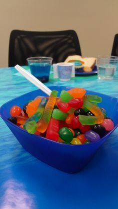 Put leftover jellybeans and gummy worms in a bowl for extra snacks! #bookit #books #kidslit #reading #party