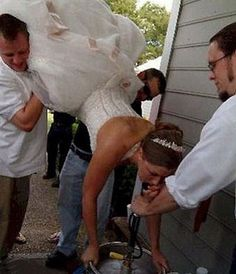 22 Funny Bride and Groom Wedding Photos . These 22 couples found creative ways to take funny photos. See more ideas about Funny wedding photos, . Worst Wedding Photos, Awkward Wedding Photos, Wedding Pictures, Wedding Fail, Wedding Humor, Wedding Reception, Dream Wedding, Wedding Ideas, Budget Wedding