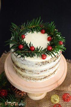 Tort de turta dulce cu crema de branza Christmas Tree, Holiday Decor, Cake, Desserts, Food, Pastries, Xmas, Teal Christmas Tree, Tailgate Desserts