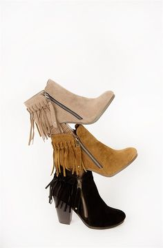 Ankle boots and fringe? Sign me up! These ankle booties are pure perfection and will quickly become a favorite in your shoe collection. Pair these boots with your favorite pair of skinny jeans and graphic tee for the perfect, pulled together look.