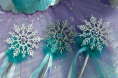 Princess Birthday Party Supplies and Princess Party Favors-Disney Princess Party Ideas. Frozen Birthday Theme, Frozen Theme Party, 6th Birthday Parties, 4th Birthday, Birthday Ideas, Princess Party Favors, Disney Princess Party, Queen Frostine, Frozen Crafts