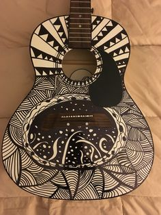 Zen tangle guitar design using sharpie marker