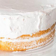 A vanilla sponge cake recipe worthy of trying. Vanilla Sponge Cake Recipe from Grandmothers Kitchen. – Rebel Without Applause Köstliche Desserts, Delicious Desserts, Dessert Recipes, Three Layer Vanilla Cake Recipe, E Cooking, Vanilla Sponge Cake, Vanilla Cupcakes, Brownies, Sponge Cake Recipes