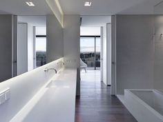 The Me Too House / LADAA  bathroom sink