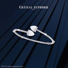 Château Euphorie - Clara Bracelet : Combine strenght and delicacy wearing Clara's horns on your wrist.