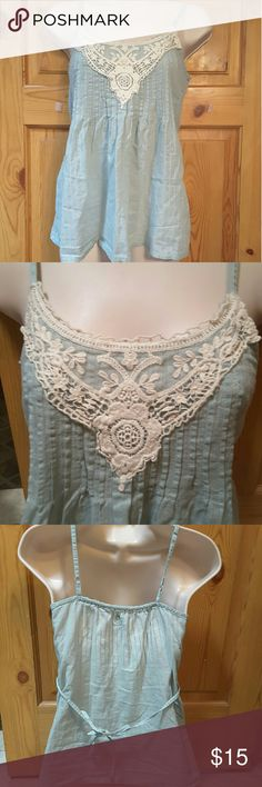 "Mudd small cami tank top, Mint tw cream lace Mudd small tank top, Mint the green Size small, 15"" bust flat, strap to bottom 25"", 23"" across at bottom Very cute w lace details are scoop neck Mudd Tops Camisoles"