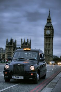 Reino Unido. English Taxi Cab, The London Black Cabs are amongst the most reputable in the world and traditional London Taxis (the Black Cabs)